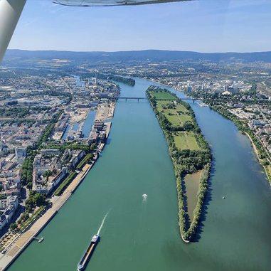 Impressionen aus der Luft von Dross:Air - lokale Rundflüge über Mainz, Ingelheim, Bingen, Worms und Wiesbaden